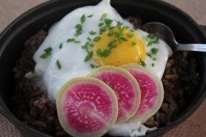 egg farro mushroom porridge